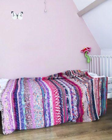 granny stripe blanket deken haken van restjes wol