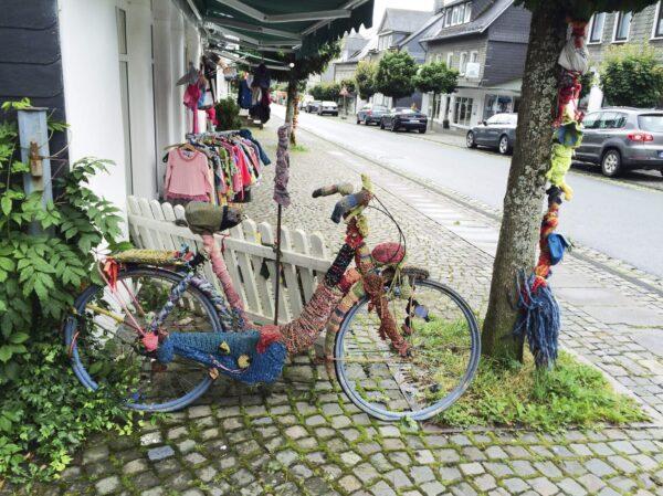 Zomer (Summer) 2018: de zomer van de 'yarn bombing' (wildbreien)